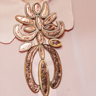 Alicia Rosselet, Roots and Horns Brooch